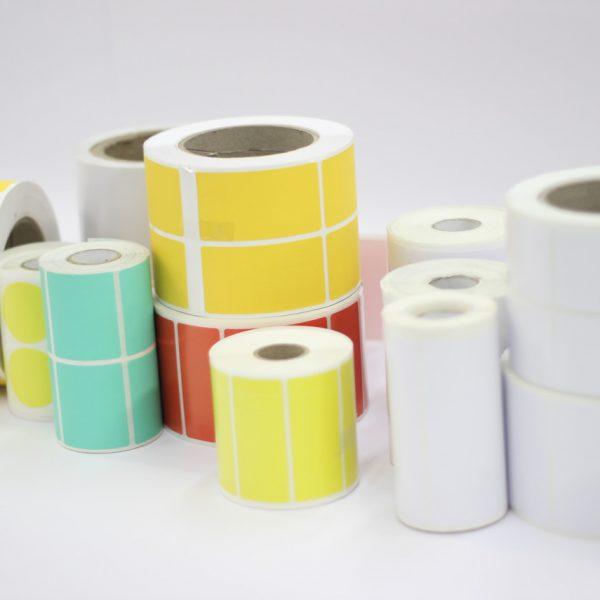 Etiquetas Brancas e Coloridas para termo-transferência.